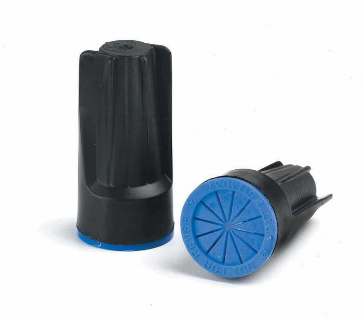 61335 DryConn® Black/Blue Irrigation Wire Connectors 10 Bag - Wire Size: 2.5 To 16mm - Image - 1